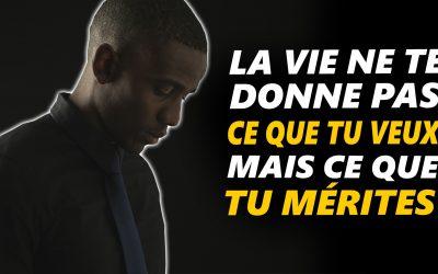 TA VIE EST DEVANT TOI – Vidéo de motivation en français – #LundiMotivation